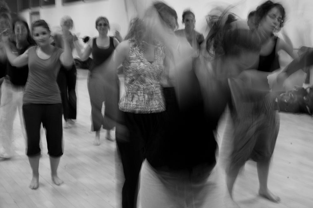 groupe danse noir blanc